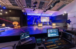 Scharlatan Theater eröffnet Streaming-Studio in Hamburg
